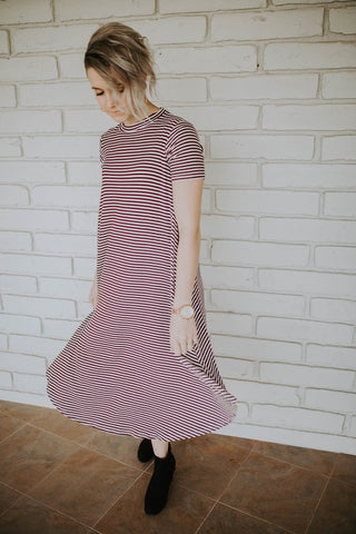 The Mia Dress - Burgundy