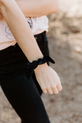 Ribbed Solid Black Scrunchie