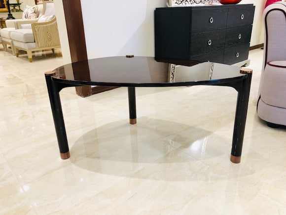 8819 Side table
