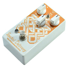 Lataa kuva Galleria-katseluun, Earthquaker Devices Spatial Delivery