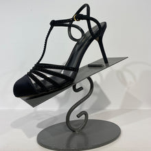 Load image into Gallery viewer, Black silk with heel with studs