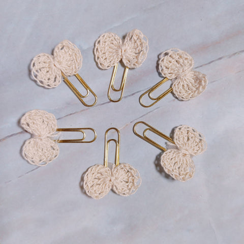 Hand-Crocheted Cream Bow Paperclips - CZ
