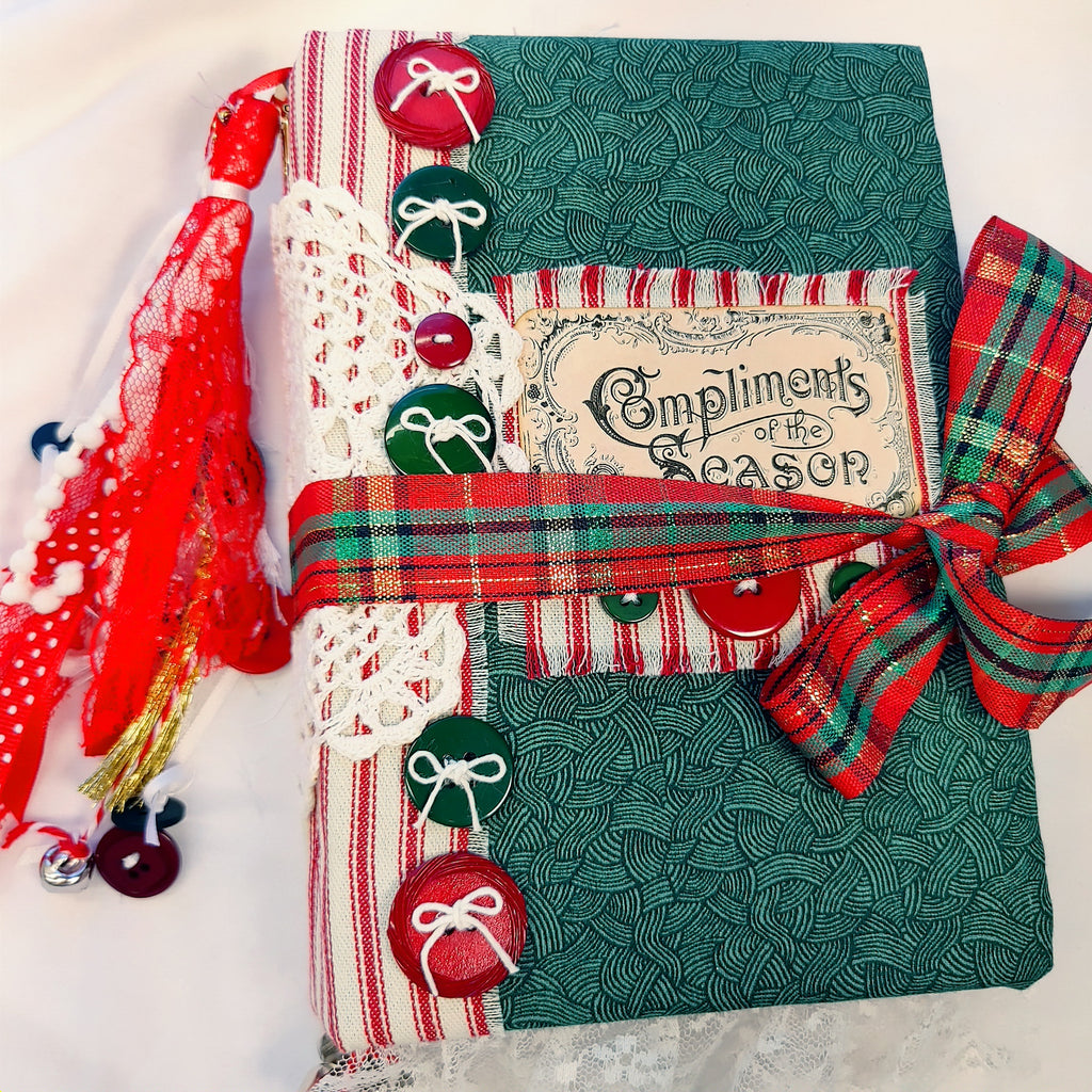Merry Christmas Junk Journal by Susan Winland (OctCh)