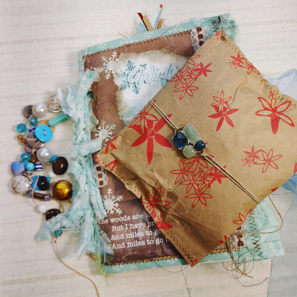 Winter Moments Junk Journal by Bobbie Roska (OctCh)