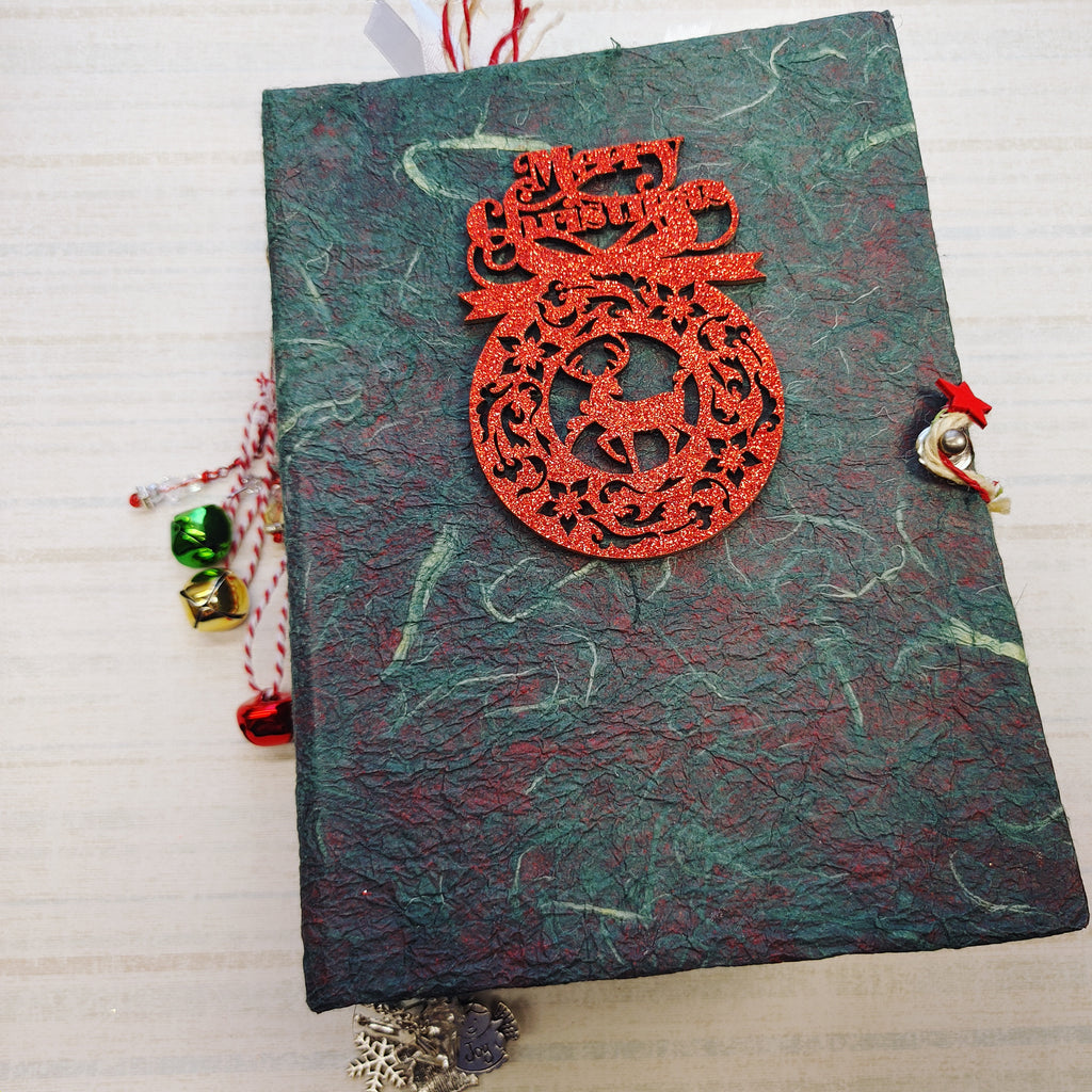 Season's Greetings Junk Journal by Lana Feeback (OctCh)