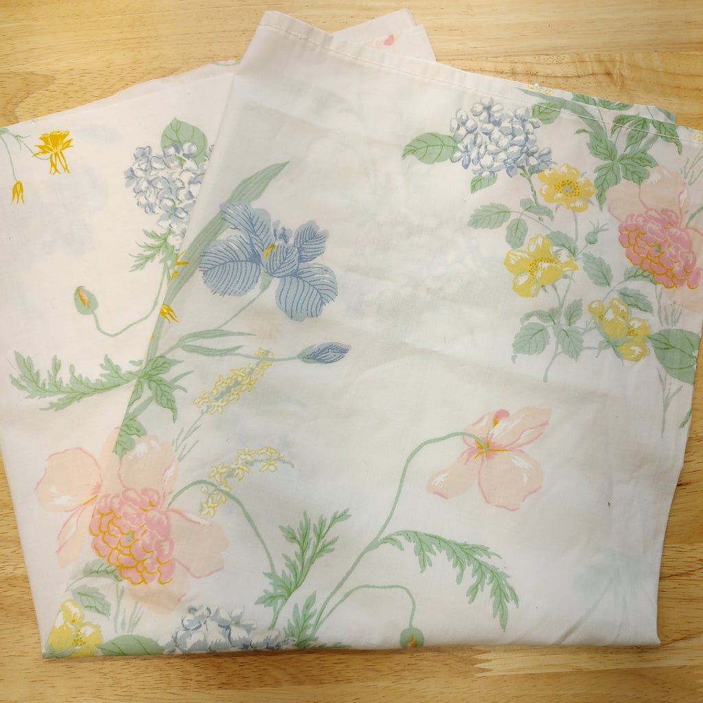 Thrifted Floral Sheet Fabric Piece - LZ