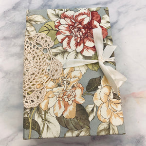 Unsung Beauty Junk Journal by Emily Hosford (Jan 2020 Challenge Journal)
