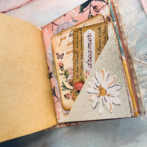 Mini Junk Journal by Lillian Wolf