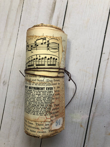 Vintage Style Paper Scroll - JH