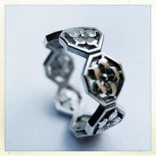 Load image into Gallery viewer, Kamon Ring - Ceeb Wassermann Jewellery