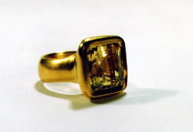 Citrine and Gold Ring - Ceeb Wassermann Jewellery