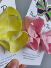 Load image into Gallery viewer, Easter Colour Bows with white Embroidery