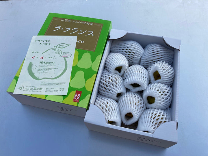 【販売終了】La France, large, specially selected 3.5 kg, 8 pieces, 5L size ラ・フランス 大玉特選3.5kg 8個入り 5Lサイズ - foodots. Japan