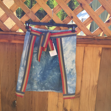 Load image into Gallery viewer, Hand dyed half apron