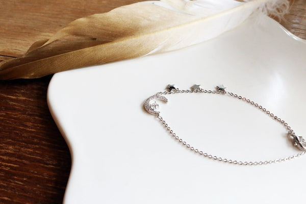 Crescent Moon and Stars Zircon Bracelet (Silver)