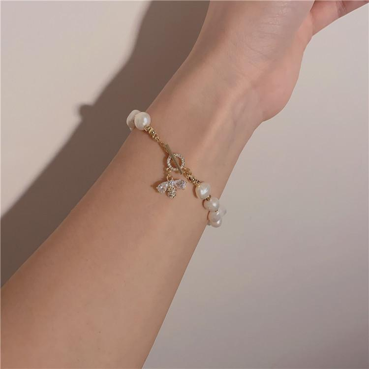 Mya Bee Pearl Bracelet - Plenty Collection