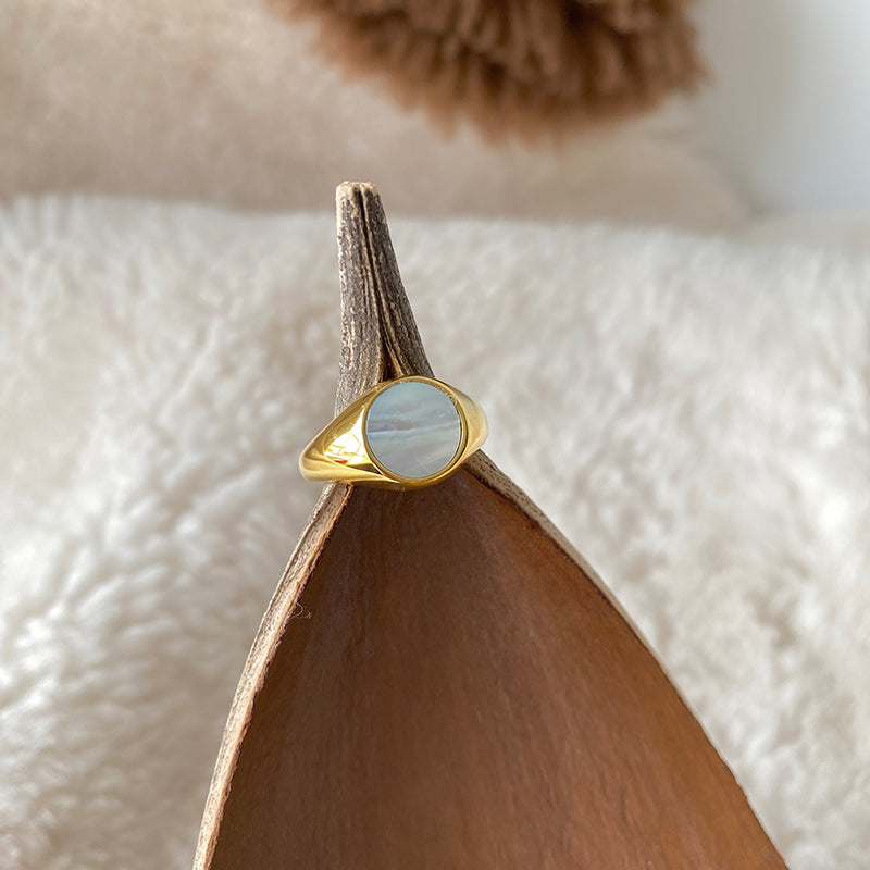Haley Pearl Signet Ring