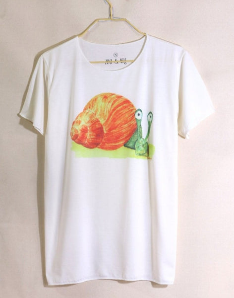 Unisex soft fabric watercolor men and women snail t-shirt