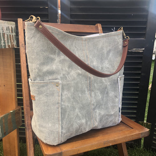 Speckled Gray Compass Large Tote
