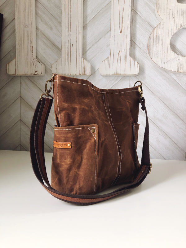 Compass Crossbody - Toffee
