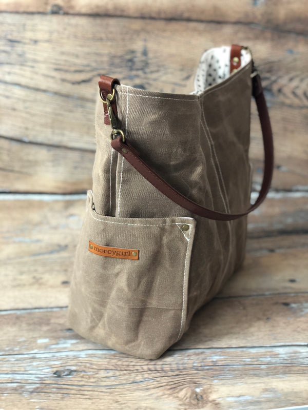 {Ready To Ship} Cowboy brown compass tote