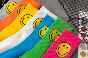 smile socks | send smiles, send love | NANA