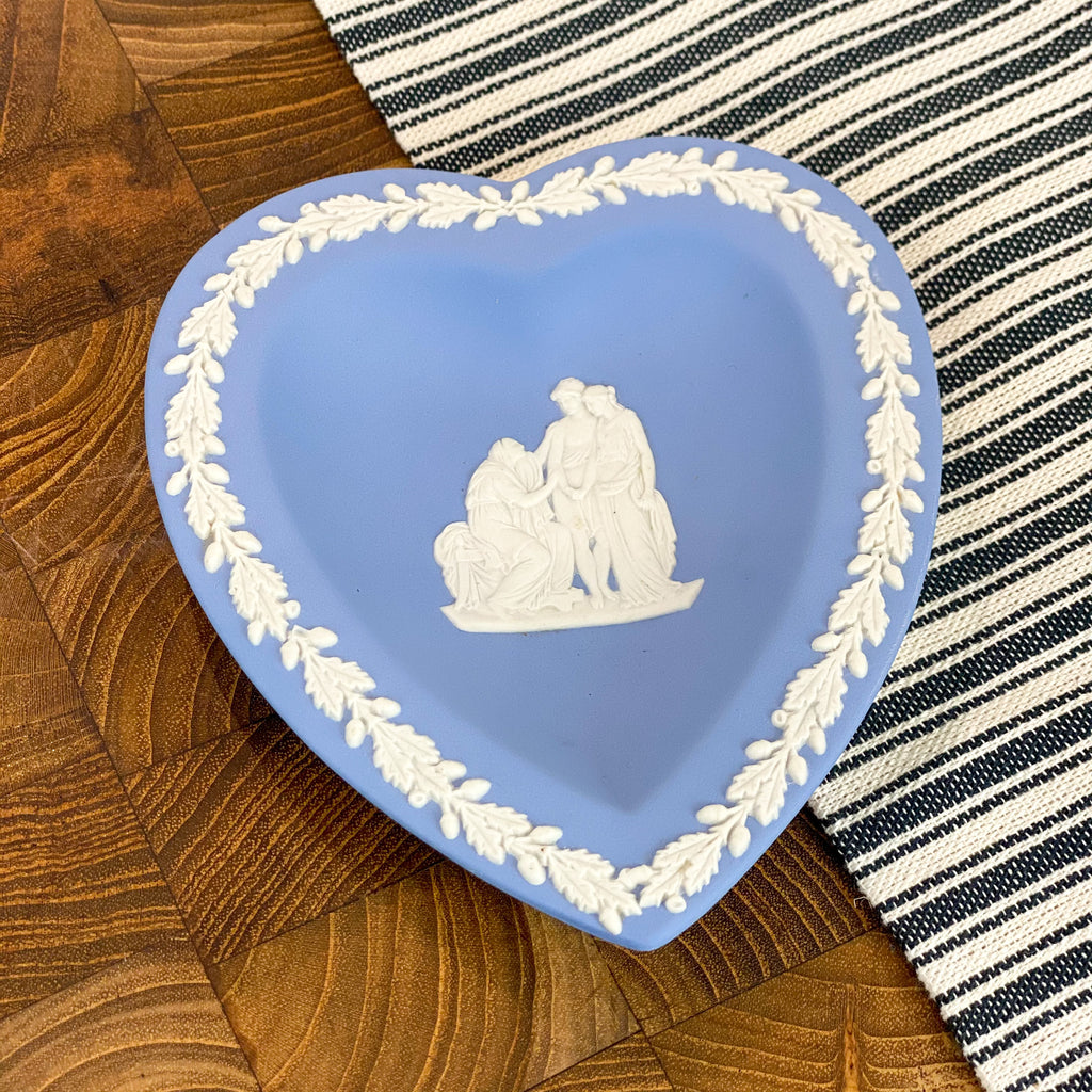 Wedgewood heart pin dish
