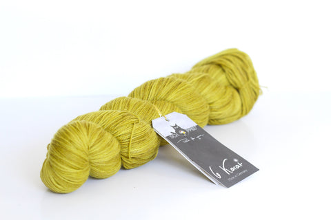 6 Karat Wool and Silk 3 Ply Yarn - Proper Light