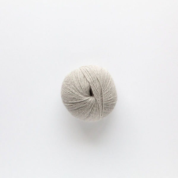 Indiecita 100% Baby Alpaca 4 Ply Wool Equivalent - Soft Grey