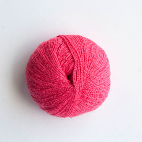 Indiecita 100% Baby Alpaca 4 Ply Wool Equivalent - Salmon Pink
