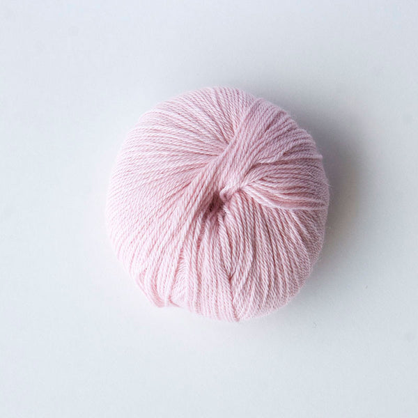 Indiecita 100% Baby Alpaca 4 Ply Wool Equivalent - Pale Pink
