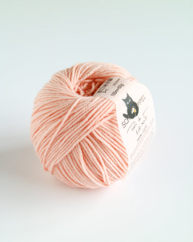 Life Style 4 Ply Merino Super wash - pale salmon