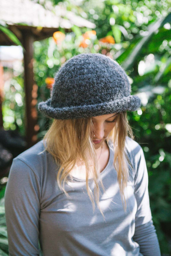 Free Simple Brimmed Hat Crochet Pattern Alpaca Brushed Chunky Yarn