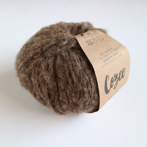 Cozee - Super Thick Mega Ball Alpaca/Cotton - Chocolate