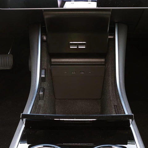 Image of USB Hub für Tesla Model 3 (USB Typ C) - e-car-shop.ch