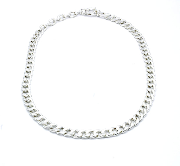 The Curb Chain Chocker