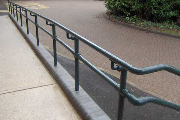 2 Advantages of Using Metal Over Wood for ADA Compliant Railings