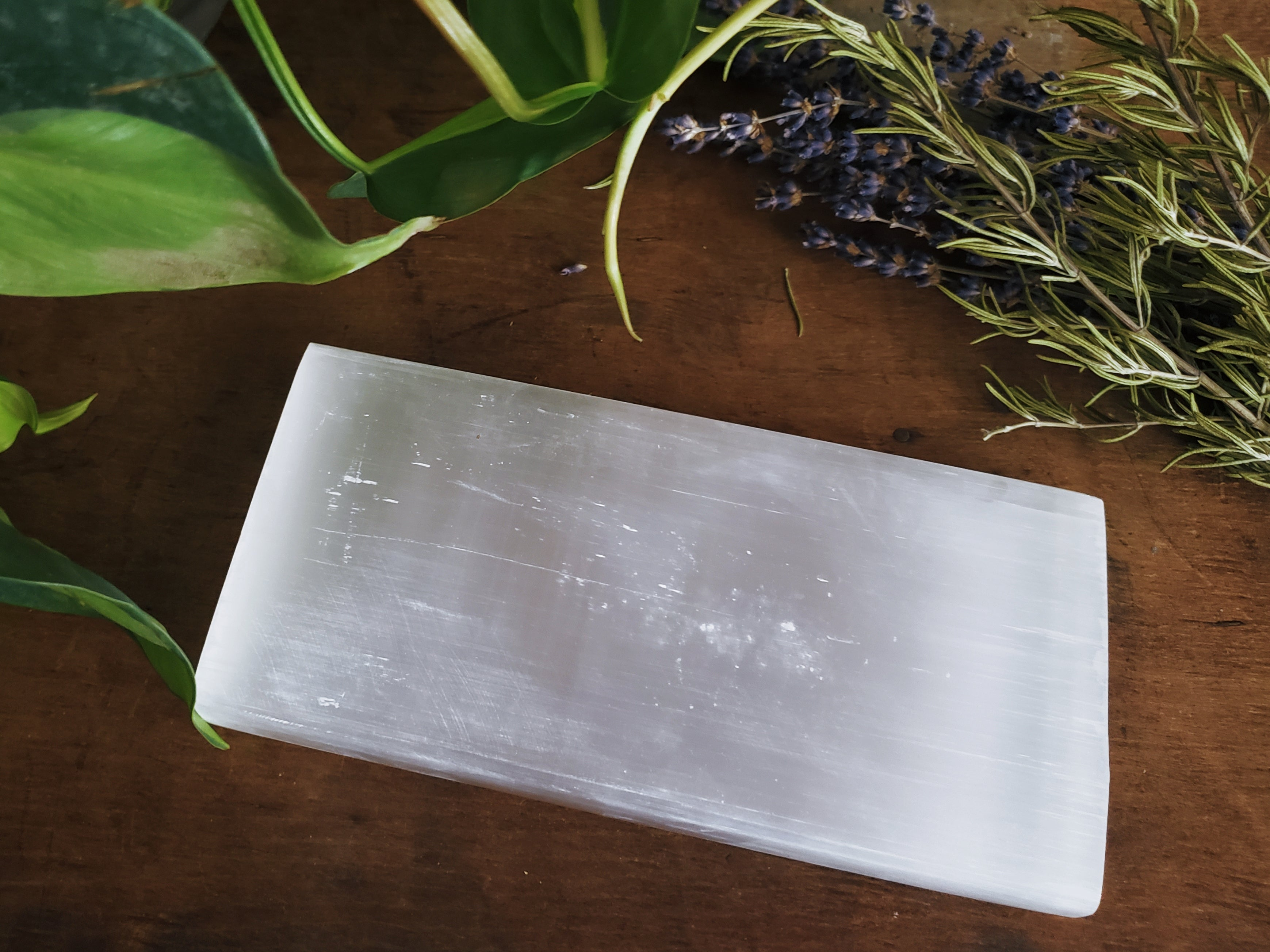Stones & Crystals - Selenite Slab