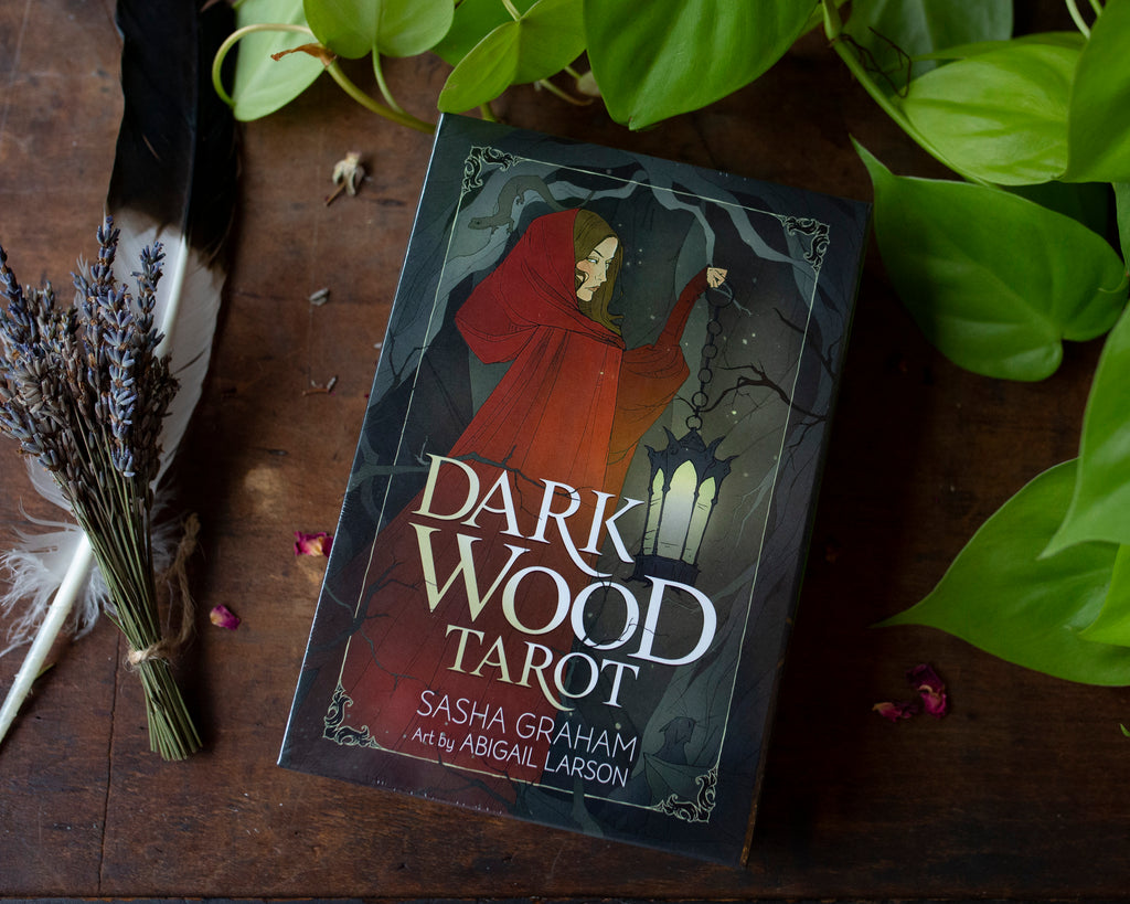 Tarot & Oracle - Dark Wood Tarot