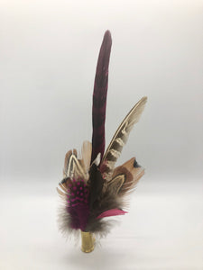 Harris End Feather Pin: Natural & Plum
