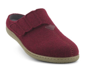 New Feet Danish Made Red Felt Slipper