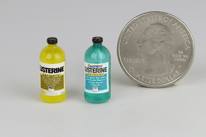 Bottle of Listerine (Regular or Mint)