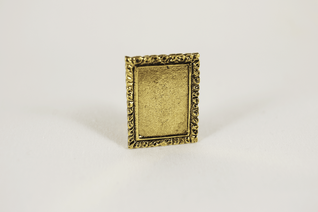 Single Gold Picture Frame -  - Dollhouse Alley - 1