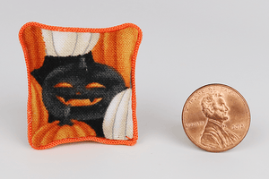 Mysterious Jack-O-Lantern Pattern Pillow