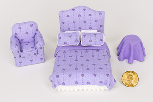 Half Scale Purple Hearts Print 3-Piece Bed Set