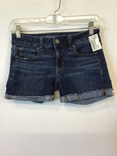 Load image into Gallery viewer, American Eagle Shorts Sz. 00