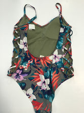 Load image into Gallery viewer, Hollister 1Pc. Sz. M