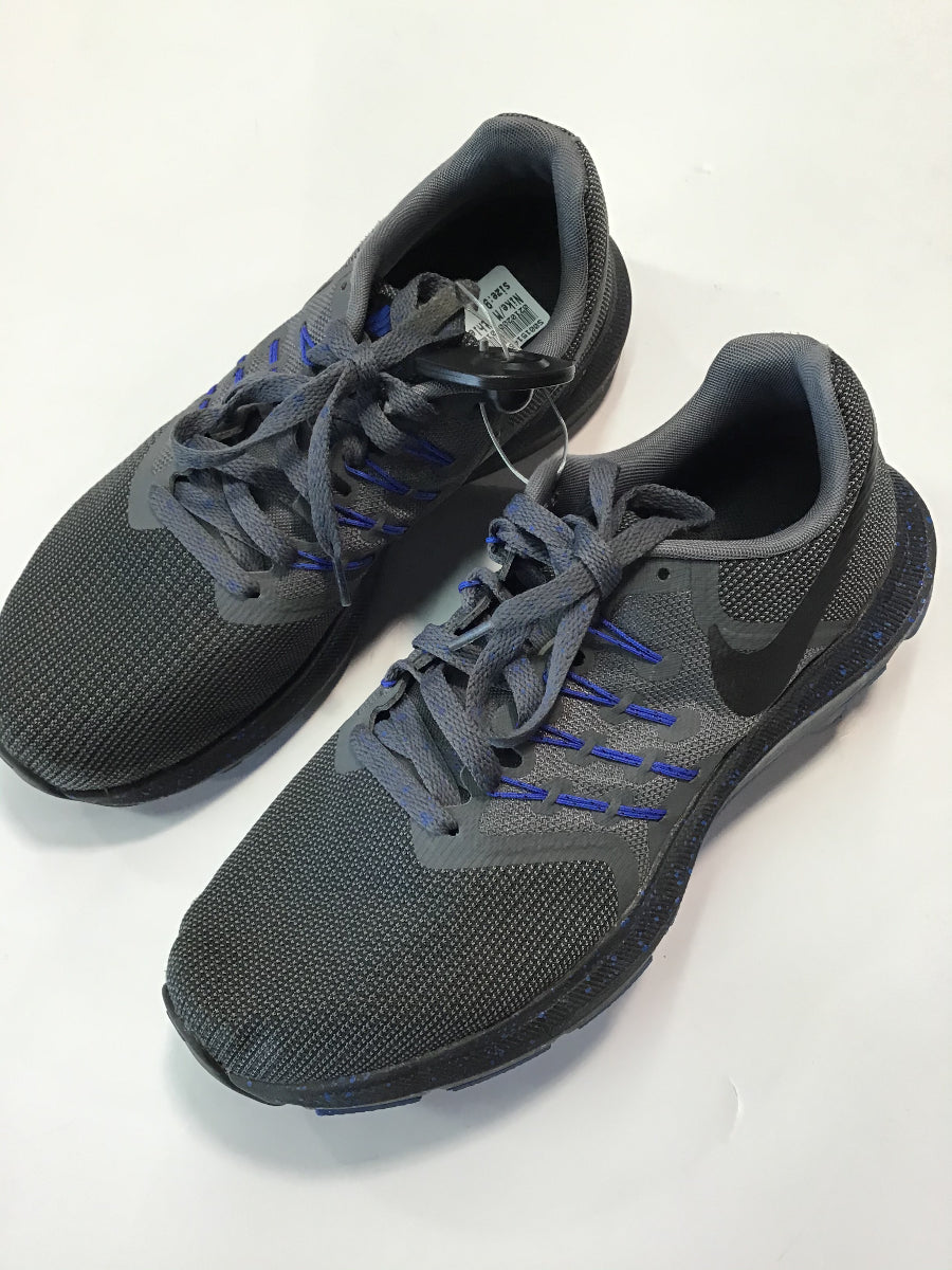 Nike Athletic Shoe Sz. 9