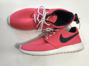 Nike Athletic Shoe Sz. 8.5