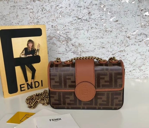 FENDI Shoulder bag  2021MD1k2